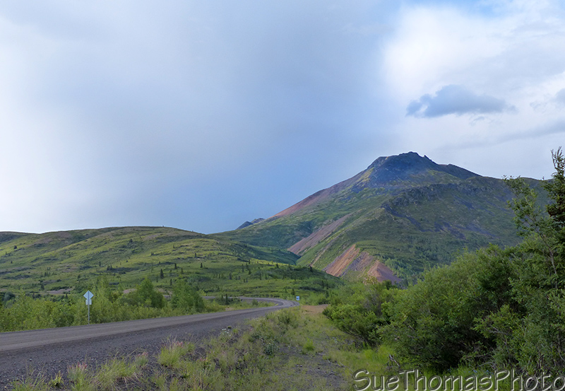 Mountains at the Dempster Highway