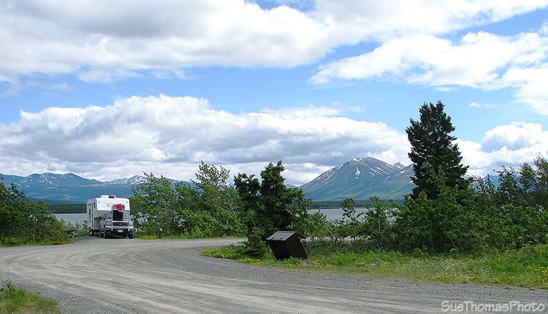 Dezadeash Lake on Haines Road in Yukon